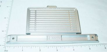 Ertl Repro 1:16 Scale International Silver Fleetstar Grill Toy Part Main Image