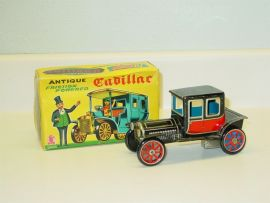 Vintage SSS International Cragstan Cadillac Tin Friction Toy Vehicle With Box
