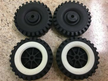 Set of 4 Tonka Plastic Wheels/Inserts Replacement Toy Parts Main Image