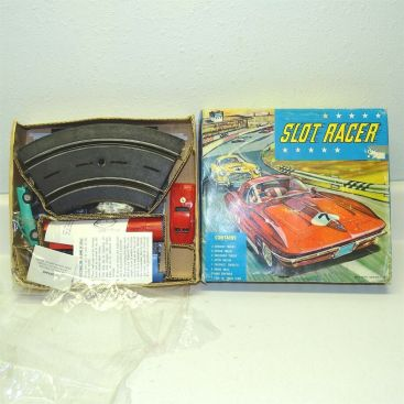 PMC Slot Track Racing Set No. 158 in Original Box, Battery Operated Toy Set NOS Main Image
