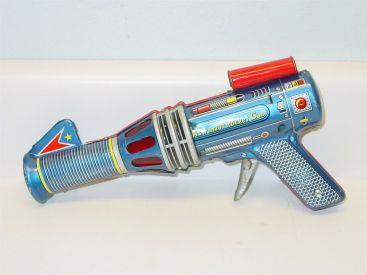 Vintage Friction Japan Daiya Tin Litho Astronaut Rocket Gun, Works Main Image