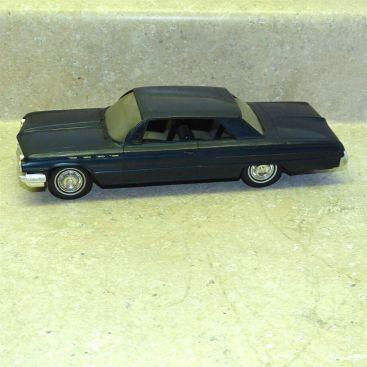 Vintage Plastic 1962 Buick Electra 225 Dealer Promo Car, Toy Vehicle, Friction Main Image